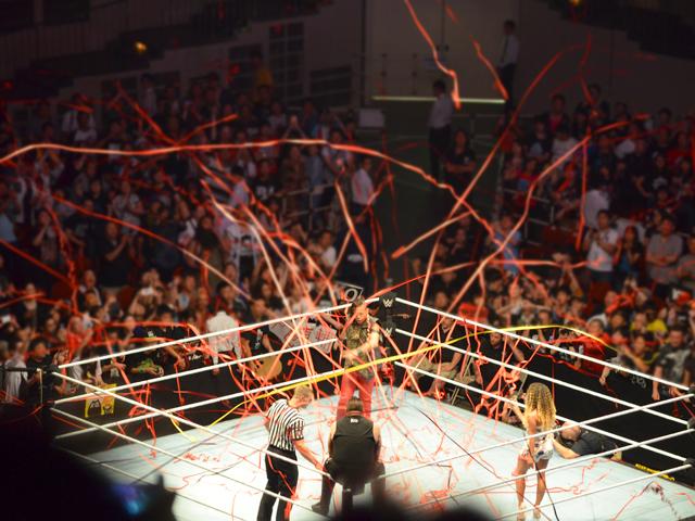 WWE日本公演に中邑真輔が凱旋!両国国技館でキンサシャを初披露