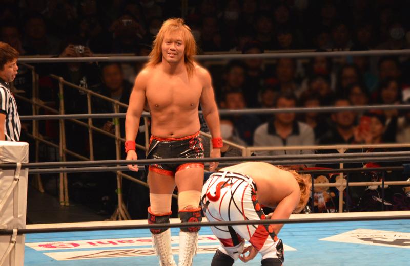 新日本プロレス大阪。内藤対YOSHI-HASHI。不敵な笑み